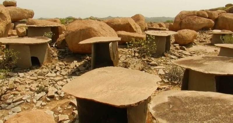 Hirebenkal - India's Village of the Dead