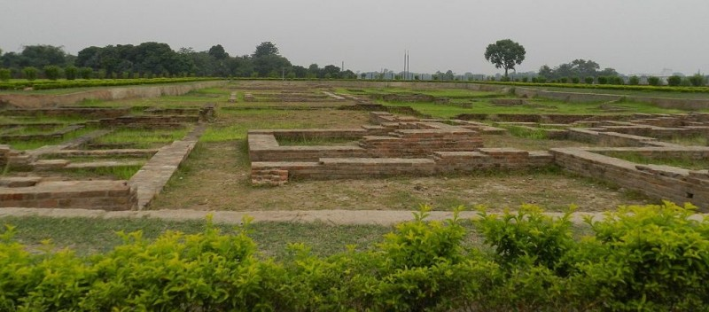 rchaeological site of Raja Vishal Ka Garh