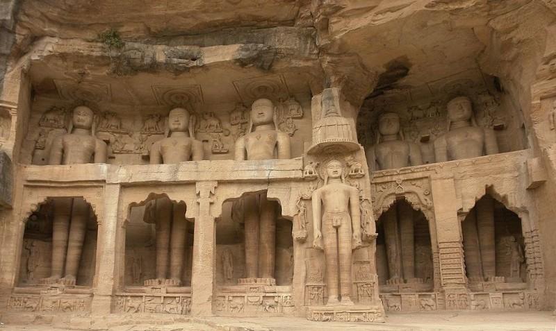 Rock cut Tirthankara statues