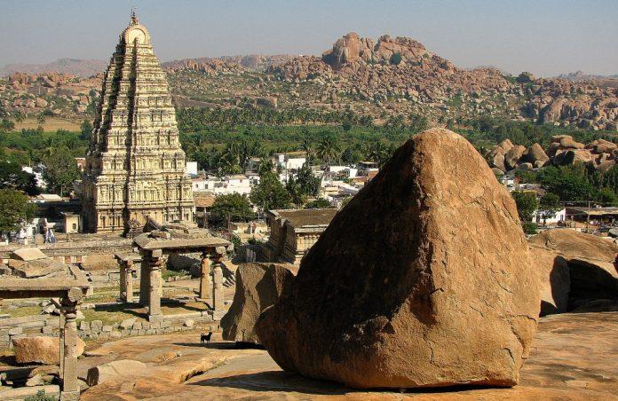 Virupaksha Temple, Hampi