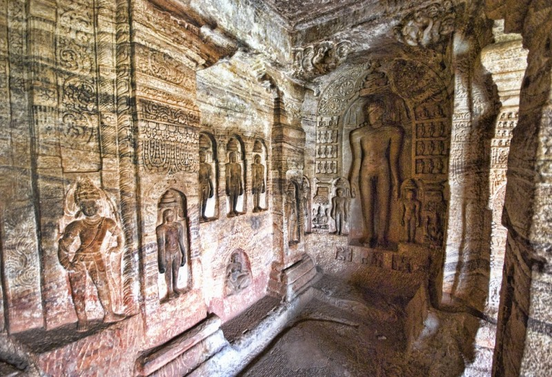Mahavir Jain Sculptures, Cave Temple 4, Badami