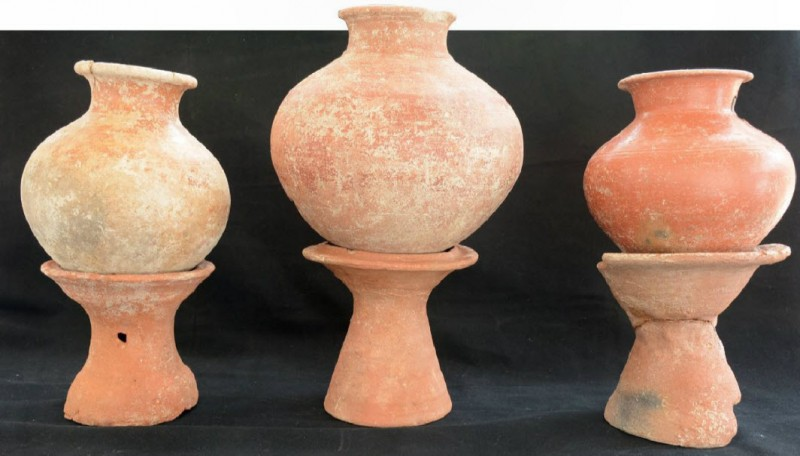 Red ware pots with their stands found during the excavation at Madhurai