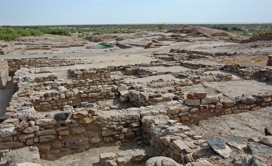 Ruins of the middle town at Dholavira img source