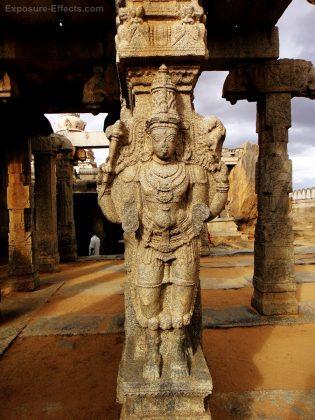 Sculptor at lepakshi temple