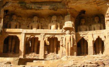 Jain statues at Gwalior